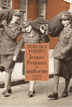 Jeunes femmes uniforme