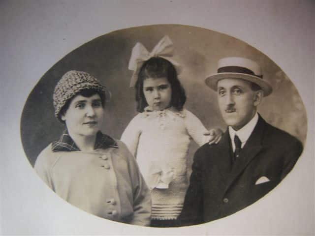 Agatha Samuel and Clara