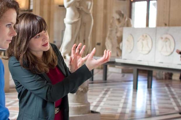 Emma Izraël - Paris tour Guide - Tour guide