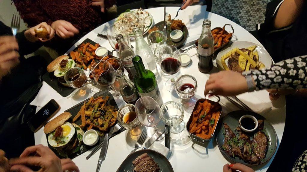 French kosher food Paris jewish quarter