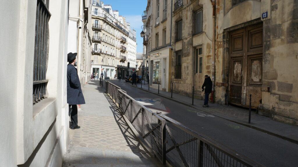 jewish Paris quarter 2021 rue pavé