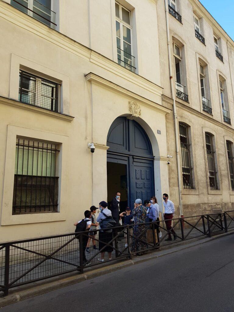 jewish school rue pave by flora goldenberg jewish tour guide in paris
