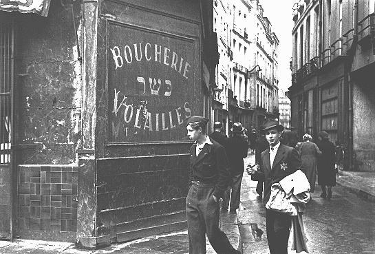 paris nazi jews antisemitism jewish quarter Paris 1945